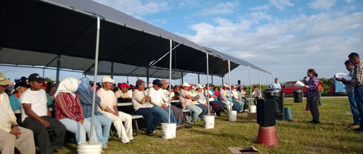 """CIW conducting a """"Know Your Rights"""" education sessions under the Fair Food Program (Fall 2013)"""